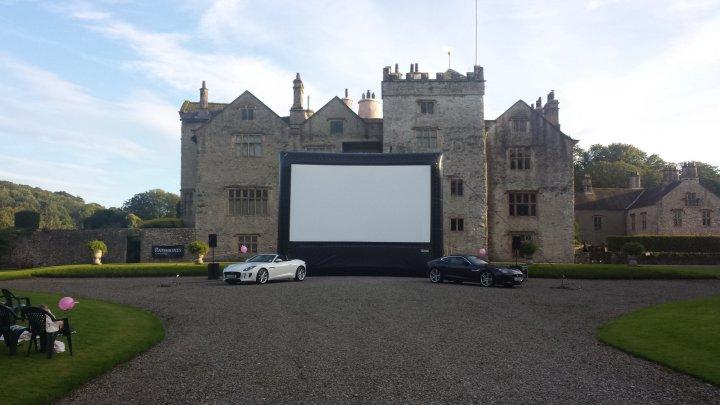 Outdoor Cinema - Urban Entertainment