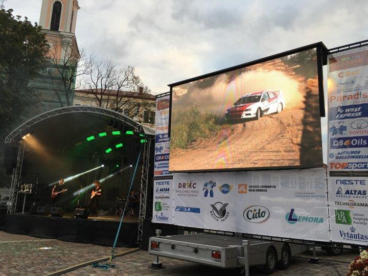 Outdoor LED Screen - Urban Entertainment
